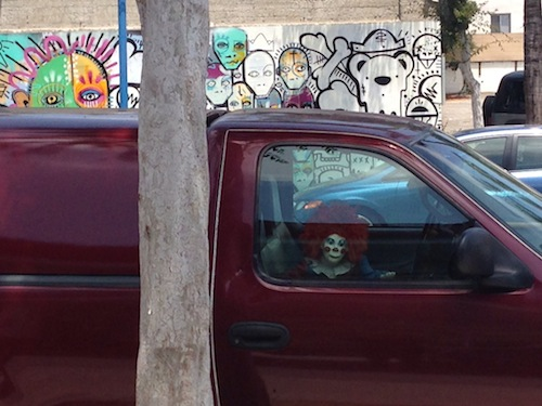 creepyclowncar.JPG